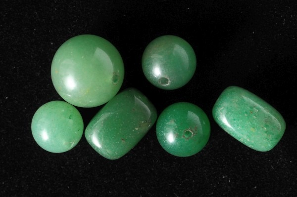 shiny-green-stones