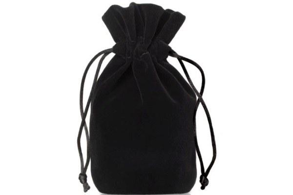 black-pouch-jewelery